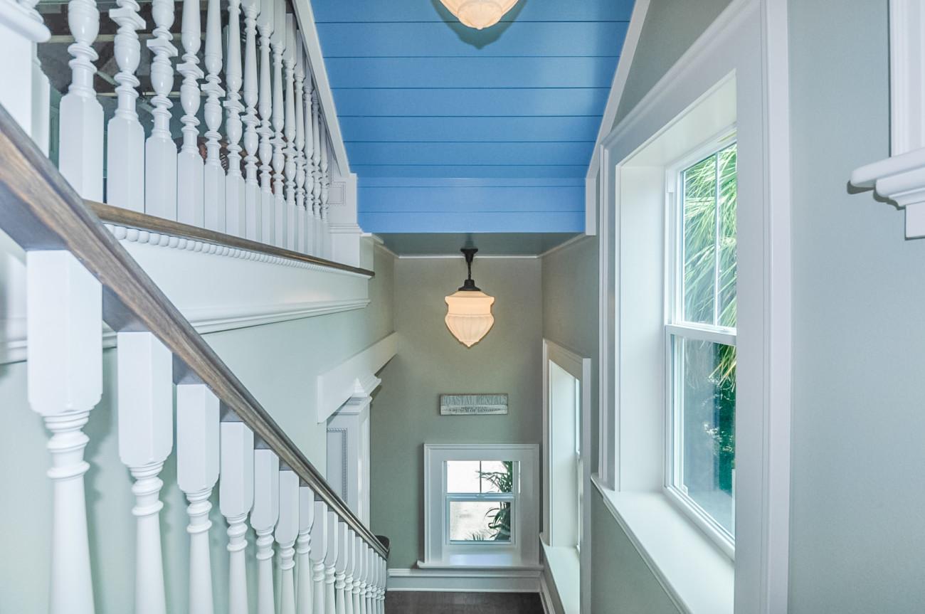 21_111B_Stairs