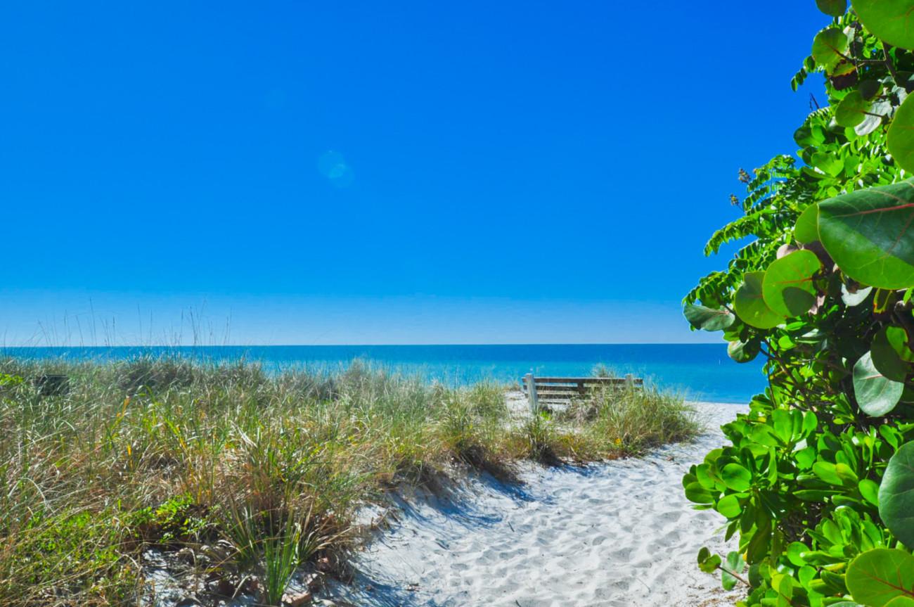 16_6808_Beach01